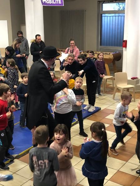 Spectacle pour enfants - Arbre de noël - Projet pédagogique pour école - Nord - Lille