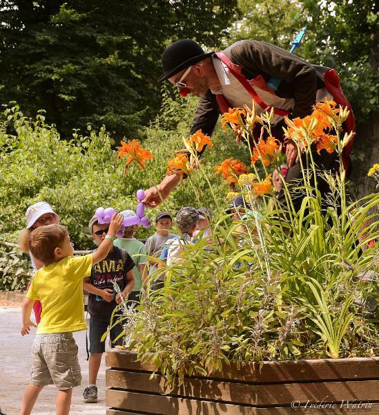 Ecologie au jardin d'automne avec les enfants comment apprendre à bien se nourrir et prendre soin de la nature
